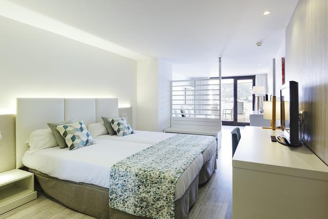 Junior suite mit meerblick alua hawaii mallorca & suites